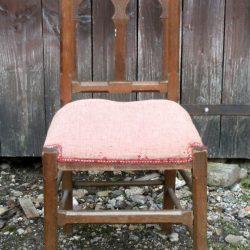 chaise religieuse face