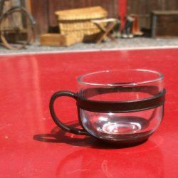 tasses à café modernes verre coté