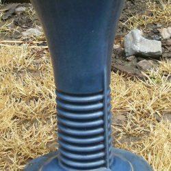 vase en fonte coté