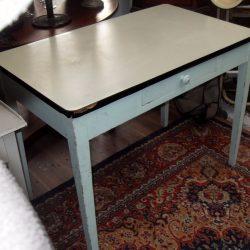 table de cuisine plateau formica gauche