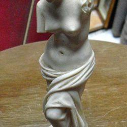 statuette vénus giannelli biais