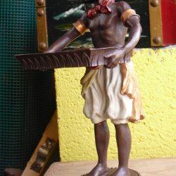 statuette serviteur à plateau biais