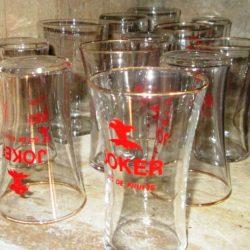 verres joker étagère