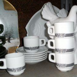 tasses à café jacques vabre étagère