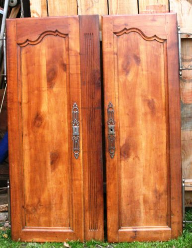 portes d armoire ancienne. Black Bedroom Furniture Sets. Home Design Ideas