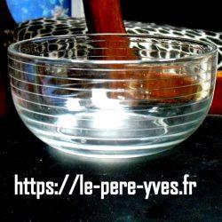 coupes à dessert en verre strié coté
