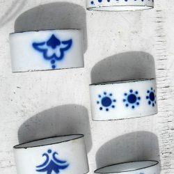 ronds de serviettes fer émaillé motifs