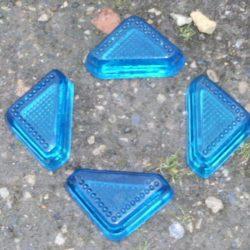 pieds en verre moulé pour meubles bleus 4 avion