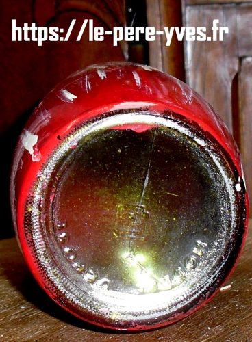 bouteille verre peint dessous