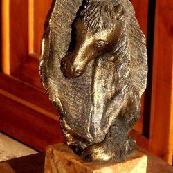 statuette tête de cheval biais