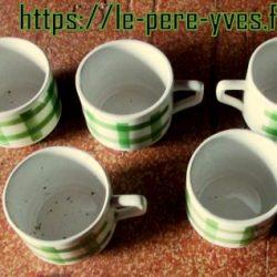 tasses à café écossaises avion