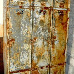 vestiaire métallique 3 portes face